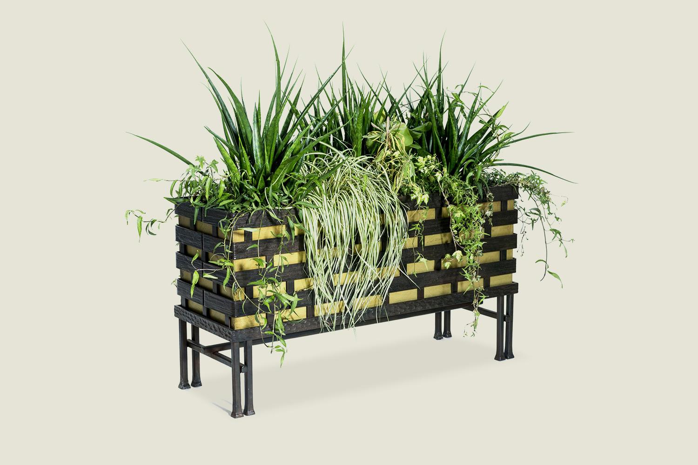 a propos. Black Bedroom Furniture Sets. Home Design Ideas